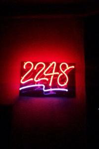 Open Face Neon - 2248