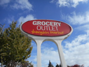 Pole Sign - Grocery Outlet