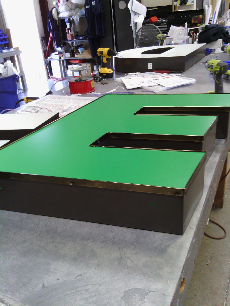 Sign Production by United Sign Systems