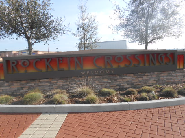 Monument Sign - Rocklin Crossings