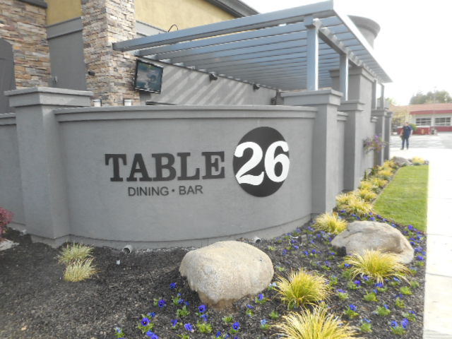 Flat Cut Sign - Table 26