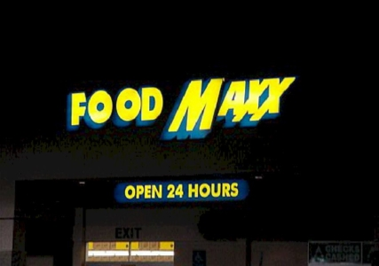 Pan Channel Letters - Food Maxx