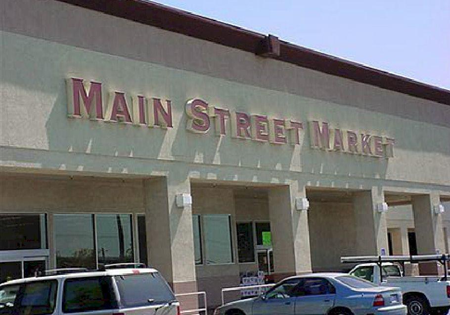 Pan Channel Letters - Main Street Market