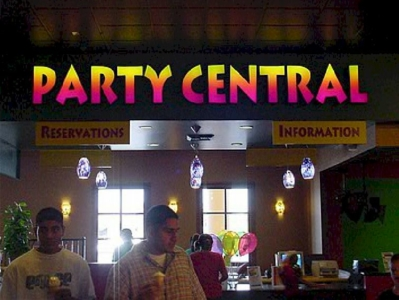 Custom Signs - Party Central